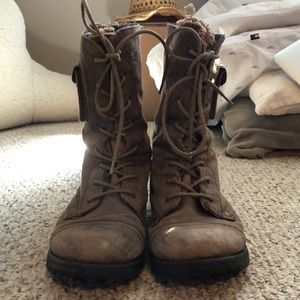 Roxy brown combat boot size 10